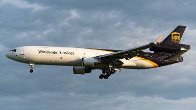 A picture of N293UP - McDonnell Douglas MD11F - UPS Airlines - © Jackson Texeira