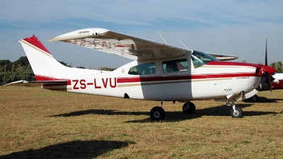 ZS-LVU - Cessna T210N Turbo Centurion - Private