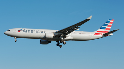 N274AY - Airbus A330-323 - American Airlines