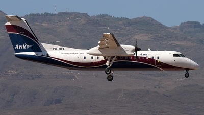 PH-DXA - Bombardier Dash 8-Q315 - Arik Air