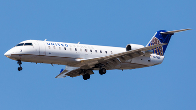 A picture of N679SA - Mitsubishi CRJ200LR - United Airlines - © Martin Pinnau