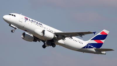 PR-MHR - Airbus A320-214 - LATAM Airlines