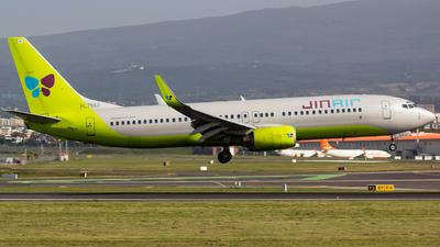 HL7562 - Boeing 737-8B5 - Jin Air