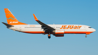 A picture of HL8063 - Boeing 7378AS - Jeju Air - © chowoosoung