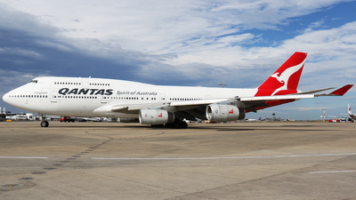 VH-OJM - Boeing 747-438 - Qantas