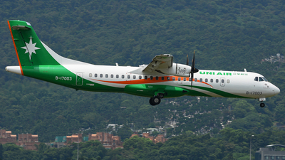 A picture of B17003 - ATR 72600 - UNI Air - © Taohang Zhou