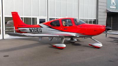 N10EU - Cirrus SR22-GTS G6 Carbon - Private