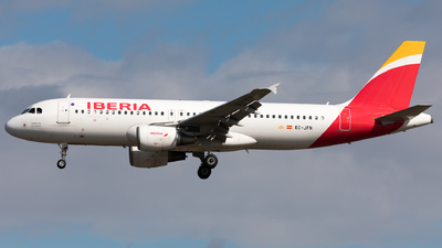 A picture of ECJFN - Airbus A320214 - Iberia - © Sierra Aviation Photography