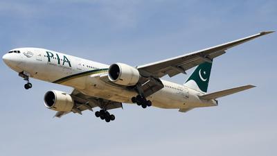 AP-BGY - Boeing 777-240LR - Pakistan International Airlines (PIA)