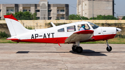 AP-AYT - Piper PA-28-151 Cherokee Warrior - Private