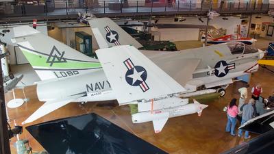 154502 - LTV A-7B Corsair II - United States - US Navy (USN)