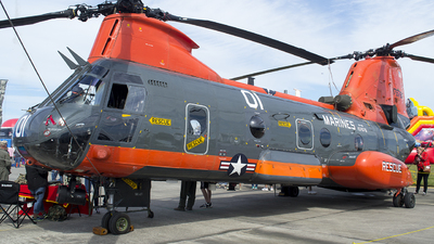 N7678F - Boeing Vertol CH-46E Sea Knight - Private