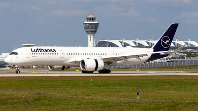 A picture of DAIXC - Airbus A350941 - Lufthansa - © Chr Pe