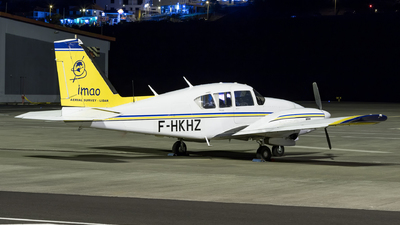 A picture of FHKHZ - Piper PA23250 - [277305116] - © Nelson Sousa
