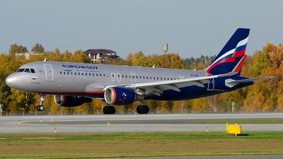 VP-BIX - Airbus A320-214 - Aeroflot