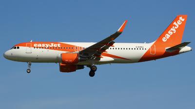 G-EZRU - Airbus A320-214 - easyJet