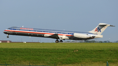 N972TW - McDonnell Douglas MD-83 - American Airlines