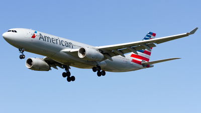 N281AY - Airbus A330-243 - American Airlines