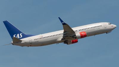 LN-RRJ - Boeing 737-883 - Scandinavian Airlines (SAS)