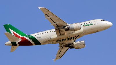 A picture of EIIMG - Airbus A319112 - Alitalia - © Pampillonia Francesco - Plane Spotters Bari