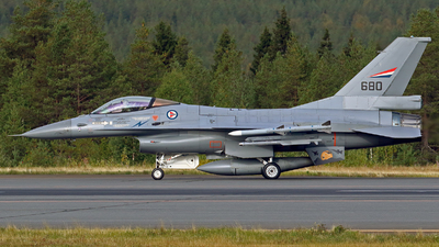 680 - General Dynamics F-16AM Fighting Falcon - Norway - Air Force