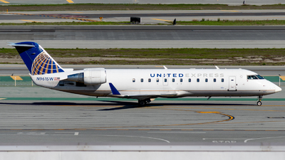 A picture of N961SW - Mitsubishi CRJ200LR - United Airlines - © global_flyer1