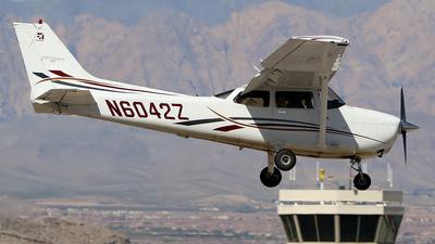 N6042Z - Cessna 172S Skyhawk SP - Private