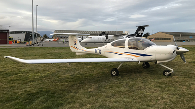 ZK-MTG - Diamond DA-40 Diamond Star XLS - Massey University School Of Aviation