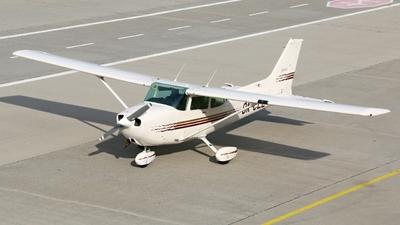 A picture of OKCLL - Cessna 172 - [17276572] - © Zden?k Chovanec