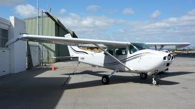 VH-EPP - Cessna 182R Skylane - Airflite
