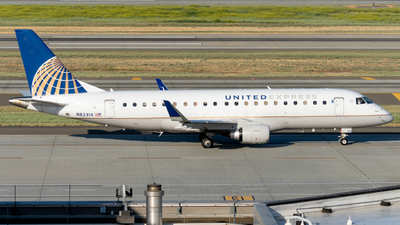 A picture of N82314 - Embraer E175LR - United Airlines - © global_flyer1