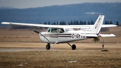 A picture of CGYTU - Cessna 172N Skyhawk - [17268794] - © Mike MacKinnon