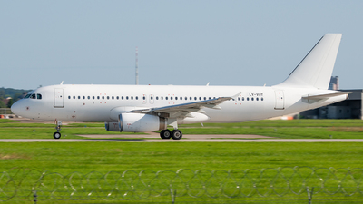 LY-VUT - Airbus A320-232 - Heston Airlines