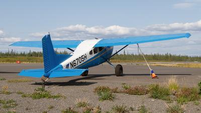 A picture of N6705H - Cessna A185F Skywagon - [18503337] - © Giuseppe Battioli