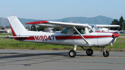 A picture of N19047 - Cessna 150L - [15074124] - © Taylor Kim