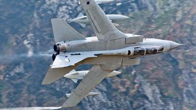 ZD747 - Panavia Tornado GR.4 - United Kingdom - Royal Air Force (RAF)