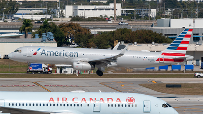 A picture of N166NN - Airbus A321231 - American Airlines - © Mark Lawrence