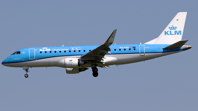 PH-EXK - Embraer 170-200STD - KLM Cityhopper