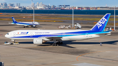 A picture of JA714A - Boeing 777281 - All Nippon Airways - © LUSU