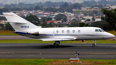 HI1014 - Dassault Falcon 200 - Private