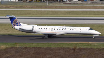 A picture of N16981 - Embraer ERJ145LR - [145208] - © DJ Reed - OPShots Photo Team