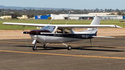 VH-JLI - Cessna 177RG Cardinal RG - Private