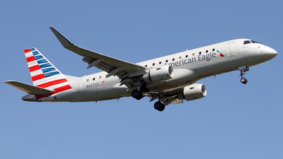 N427YX - Embraer 170-200LR - American Eagle (Republic Airways)