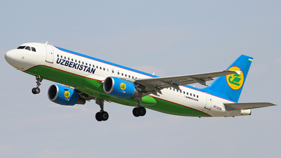 UK32016 - Airbus A320-214 - Uzbekistan Airways