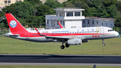 A picture of B1819 - Airbus A320232 - Sichuan Airlines - © Wanping Chen