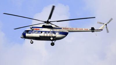 7828 - Mil Mi-8T Hip - Vietnam - Air Force