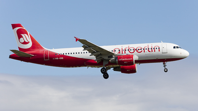 HB-IOQ - Airbus A320-214 - Air Berlin (Belair Airlines)