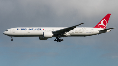 A picture of TCLKA - Boeing 77736N(ER) - Turkish Airlines - © David W. Wilson