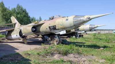 43 - Yakovlev Yak-28PP Brewer E - Russia - Air Force
