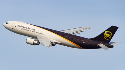 A picture of N131UP - Airbus A300F4622R - UPS Airlines - © Devon McCune